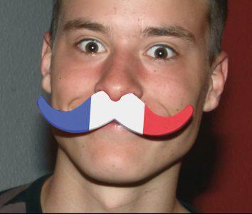 FS-4400 moustache France